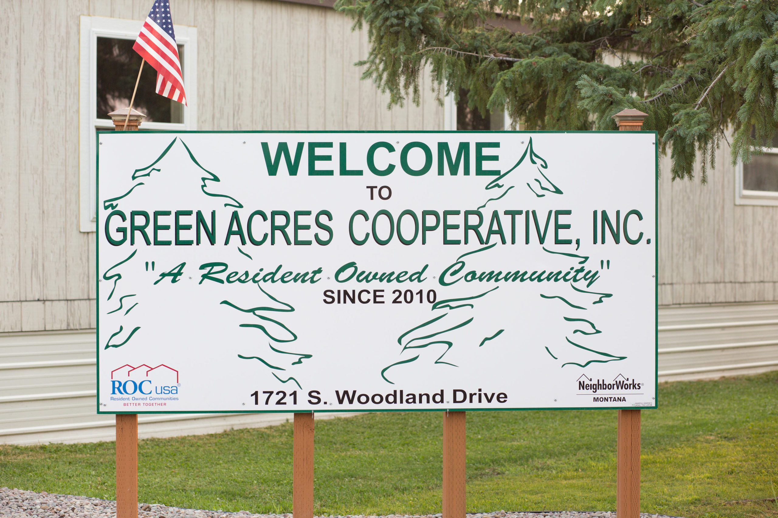 Green Acres Sign